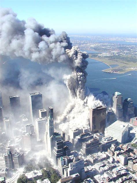 9/11 WTC Photo | 9/11 World Trade Center Attack Photos ...