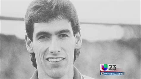 A 20 años del asesinato del jugador Andrés Escobar   Univision
