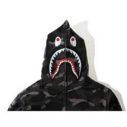A Bathing Ape Bape WGM Camo Shark Hoodie  Black