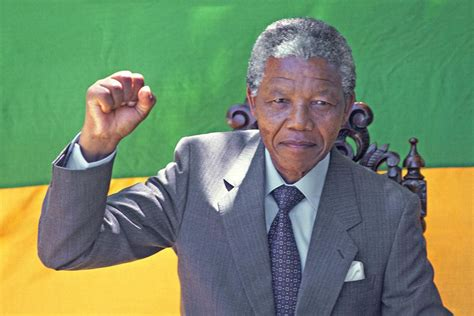 A Brief Biography of South African President Nelson Mandela