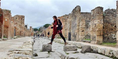 A Day Trip From Rome to Pompeii   How to Do It On Your Own
