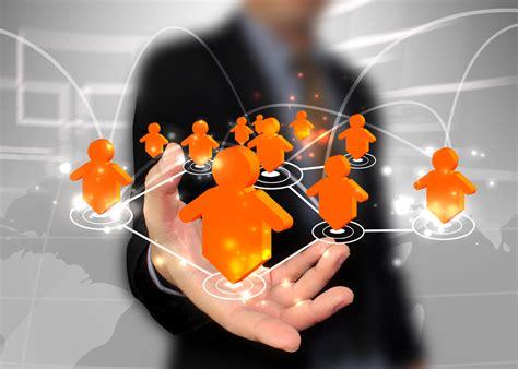 A fondo: Redes sociales corporativas; redes sociales ...