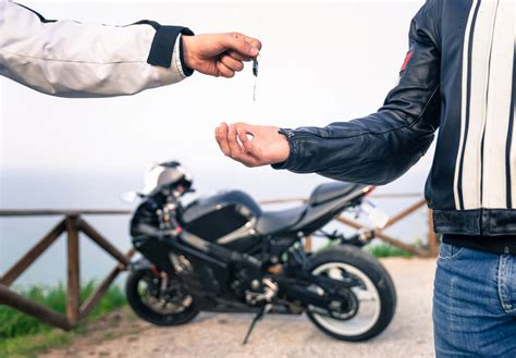 A Guide to Choosing Your First Motorbike   Begin Motorcycling