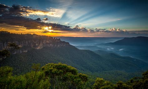 A Guide to Summer Weekends in the Blue Mountains ...