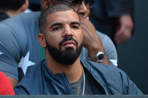 A la nueva novia de Drake le gusta la raqueta.   La Z ...