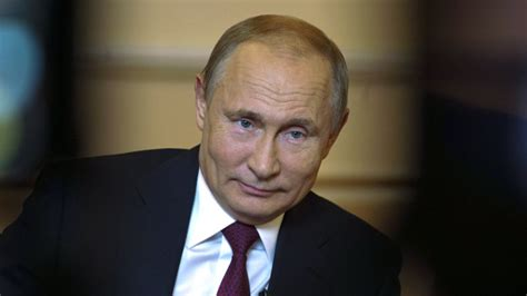 A laughing matter: Putin jokes about Russia meddling in ...