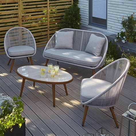 A new classy and colourful Asda garden furniture range has ...