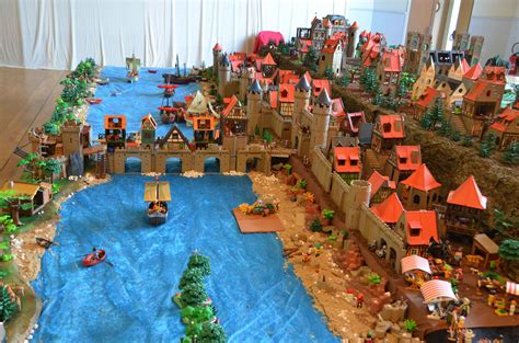A Playmobil Exhibition during the automn holidays ...