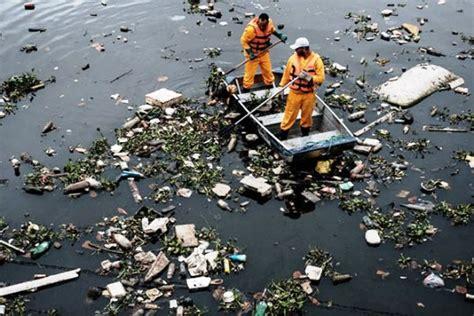 ¿A quiénes afecta la contaminación del agua?   La ...