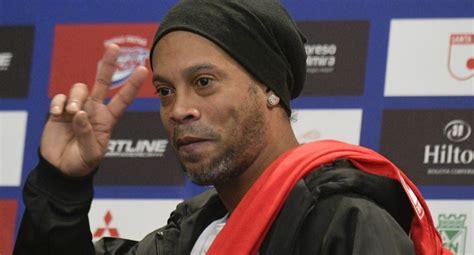 A Ronaldinho no le gusta el VAR