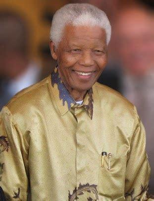 >> A short biography of Nelson Mandela, 1st President of ...