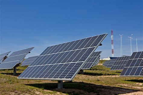 Acciona analiza el almacenamiento de energías renovables ...