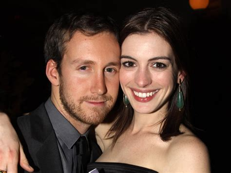 Adam Shulman and Anne Hathaway | Celebrities Who Married ...