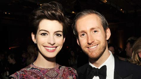 Adam Shulman, Anne Hathaway's Husband: 5 Facts You Need to ...