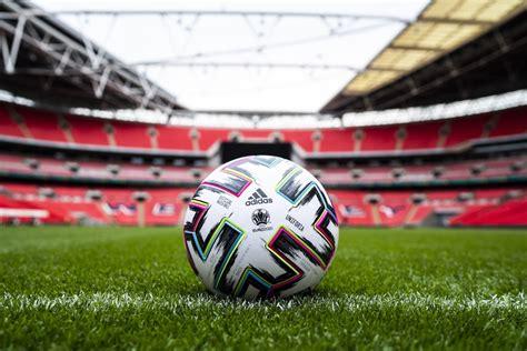 Adidas svela Uniforia, il pallone ufficiale di Euro 2020 ...