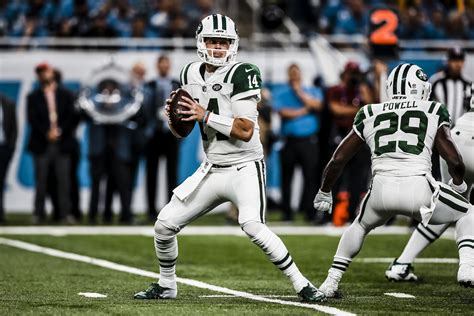 After First Play Jitter, Darnold Dazzles in NFL Debut ...