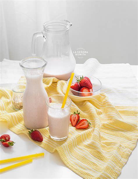 Agua Fresca u Horchata de Avena y Fresas – La Señora Bonita