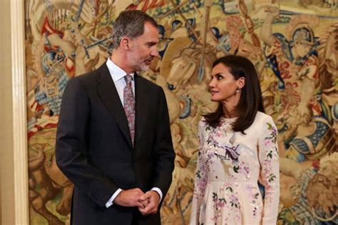 ¿Ahora el rey Felipe VI regaña a Letizia? Juzga por ti