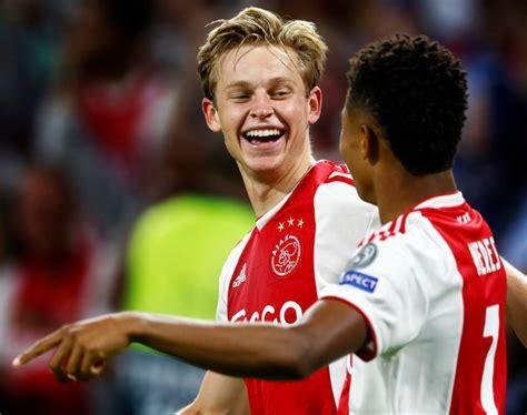 Ajax en PSG onderhandelen over transfer Frenkie de Jong ...
