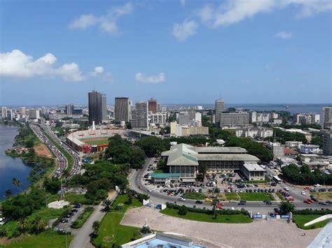 Alassane Ouattara, reelegido presidente en Costa de Marfil ...