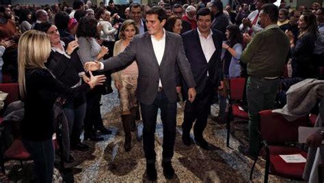Albert Rivera visita Valencia en plena revuelta del sector ...