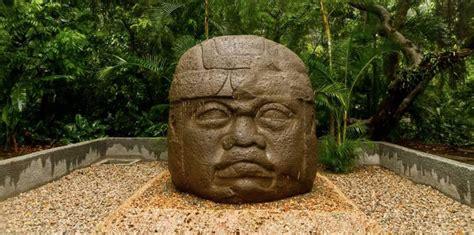 Alemania devolvió dos milenarias esculturas olmecas a México