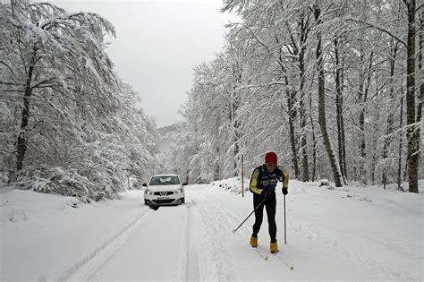 Alerta por nieve, lluvia, olas, aludes y viento en 23 ...