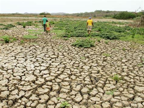 Algunos efectos del cambio climático en la economía ...