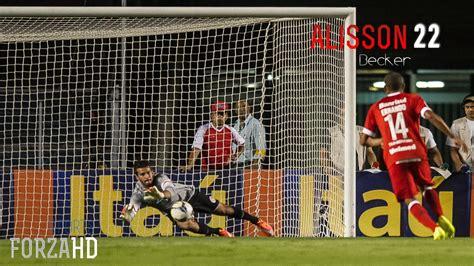 Alisson Becker Defesas 2014 SC Internacional HD   YouTube