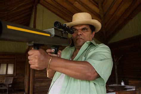 All the Reasons You Should Be Watching  Narcos   If You ...