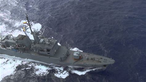 Almirante Hernando Wills Vélez comandante de la Armada ...