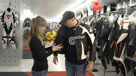 ALPINESTARS Scream leather jacket ESPAÑOL MARTIMOTOS   YouTube