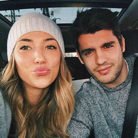 Alvaro Morata sends message to Chelsea fans about his wife