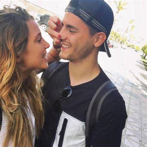 Álvaro Morata y su novia, Alice Campello, besos, arrumacos ...