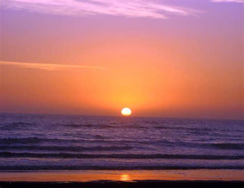 Amanecer en la playa Imagen & Foto | naturaleza abstracta ...