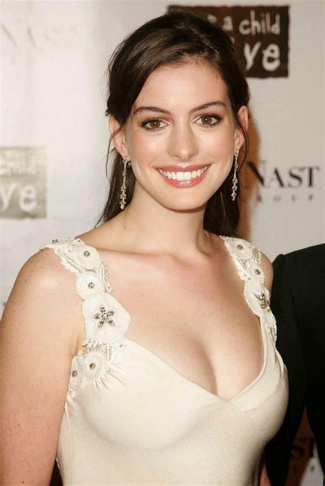 American actress Anne Jacqueline Hathaway image and photo ...