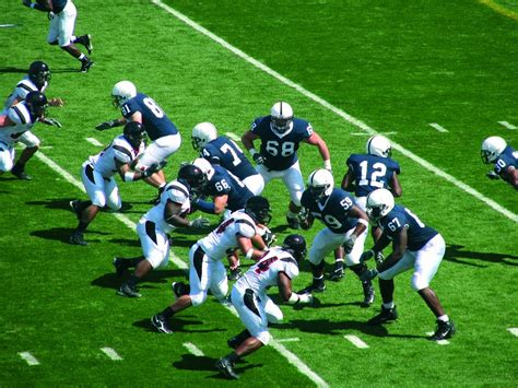 American football, Free Stock Photos   Pictures In Stitches
