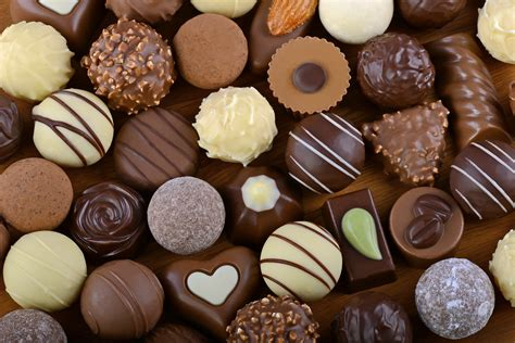 Americans eat HOW MUCH chocolate?