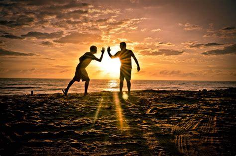 Amistad, cariño,amor, ¿de verdad valen la pena?   by ...