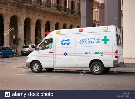 An ambulance that says Clinica Central Cira Garcia in Old ...