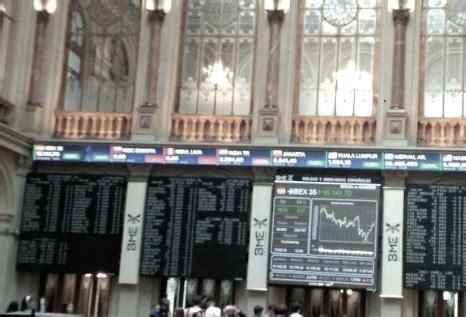 Análisis Fundamental IBEX 35 en Bolsa, Información financiera