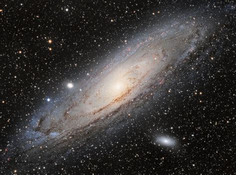 Andromeda Galaxy Photos: Amazing Pictures of M31   Space