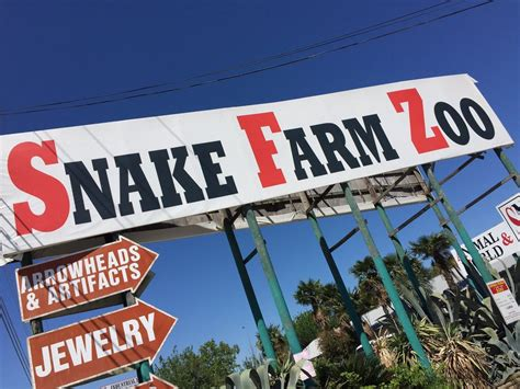 Animal World And Snake Farm Zoo Is The Best Roadside ...