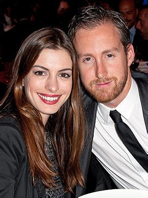 Anne Hathaway, Adam Shulman Engagement: 5 Things about ...