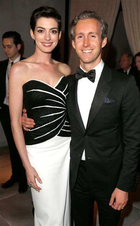 Anne Hathaway & Adam Shulman from 2014 Oscars: Party Pics ...
