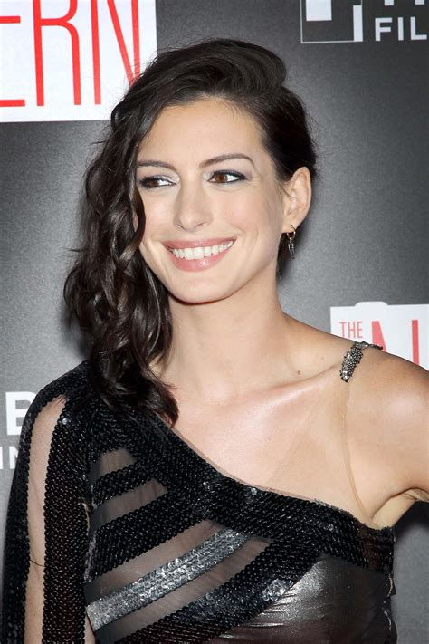 Anne Hathaway Areola Peek  118 Photos  | #TheFappening