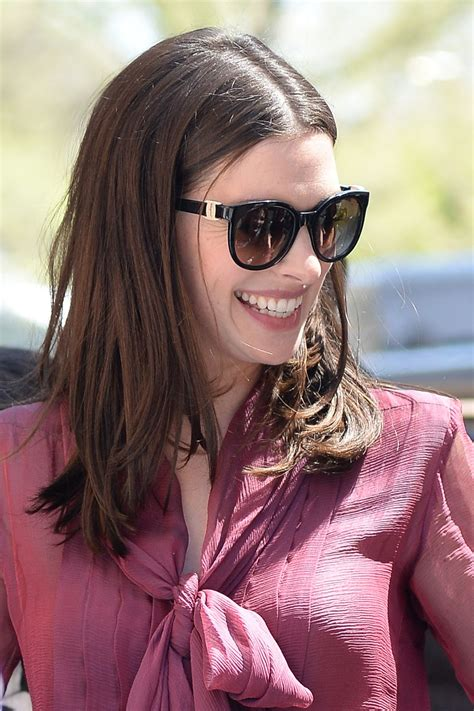 ANNE HATHAWAY at The View in New York 04/18/2017 – HawtCelebs