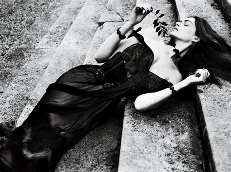 Anne Hathaway by Mert & Marcus  con imágenes  | Mert and ...