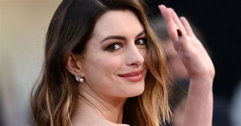 Anne Hathaway gets sassy with fat shamers on social media ...