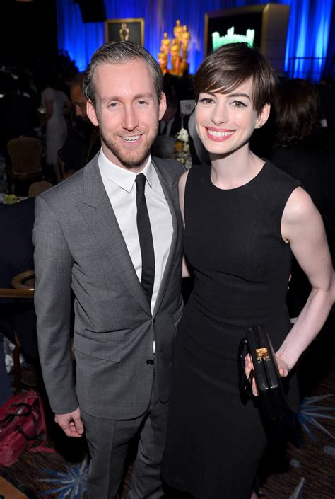 Anne Hathaway & Husband Adam Shulman Expecting First Child ...